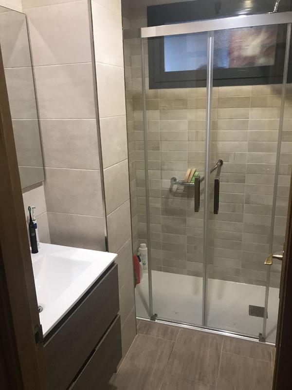 Cambio de bañera por plato de ducha - Después 1
