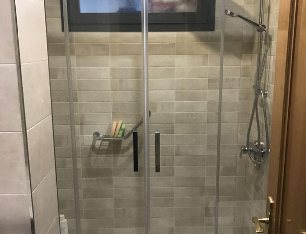 Bañera por plato de ducha. Es fácil con Dugal