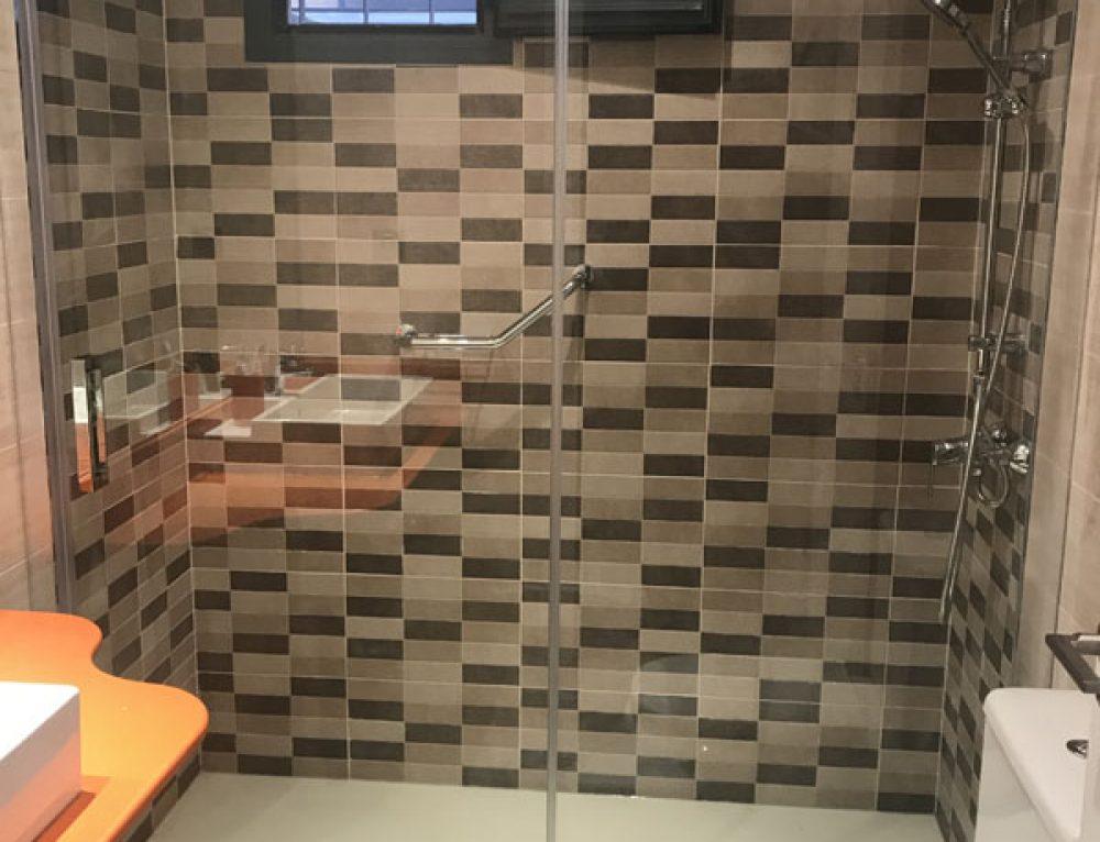 Cambio de bañera por plato de ducha reforma
